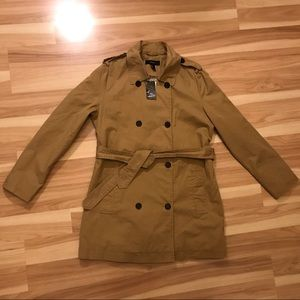 Forever 21 NWT Trench coat w belt in camel color